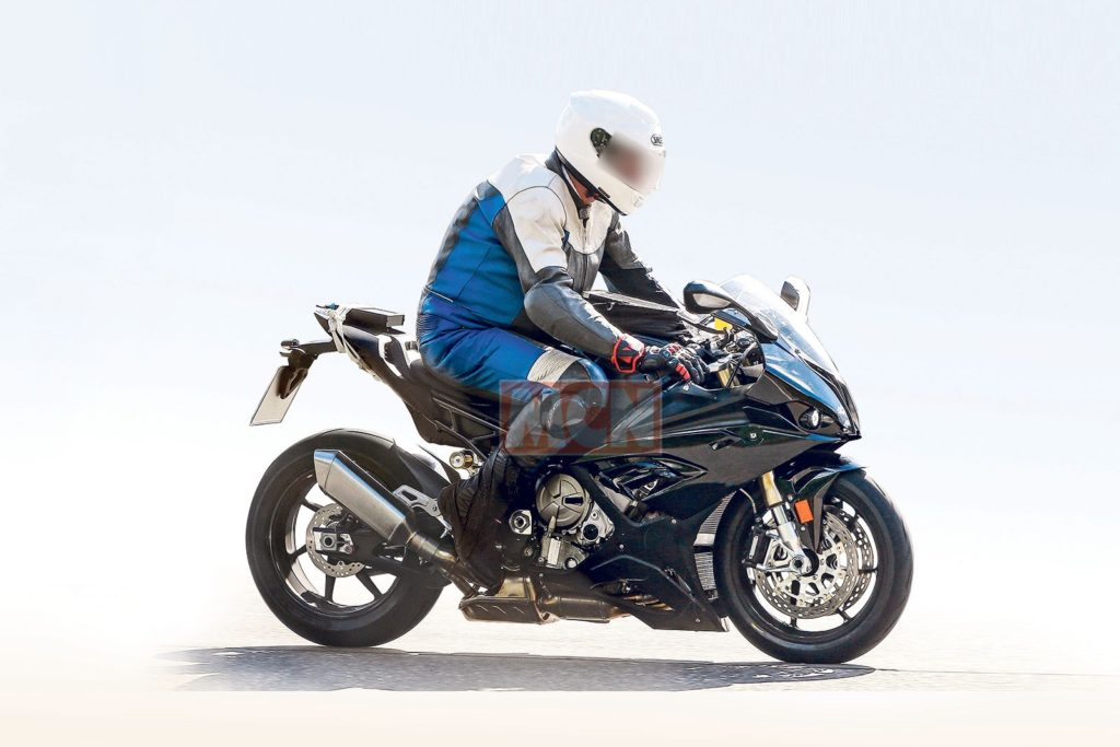 BMW S1000rr 2018 spy pics resembles bajaj RS 200 Front
